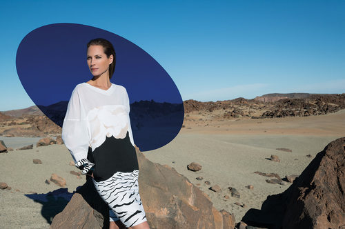 Christie Turlington posant pour la collection Printemps-Eté 2014 Missoni