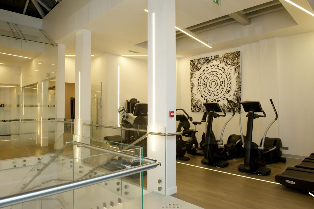 Cwhite-salle-de-coaching-gym