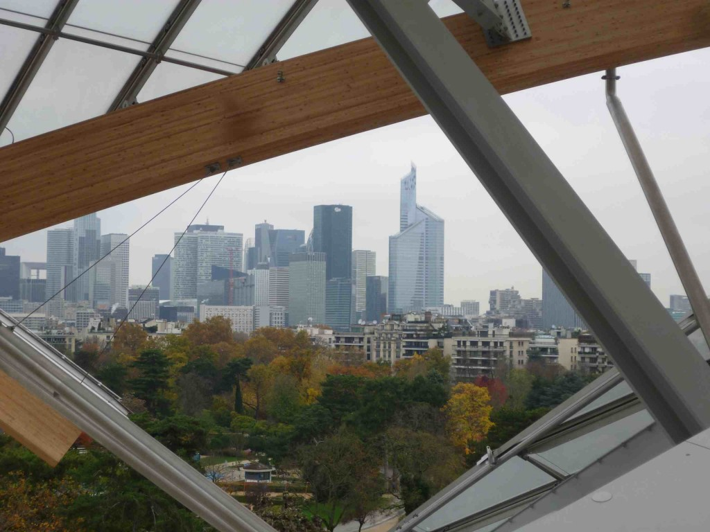 vue-la-defense-fondation-vuitton