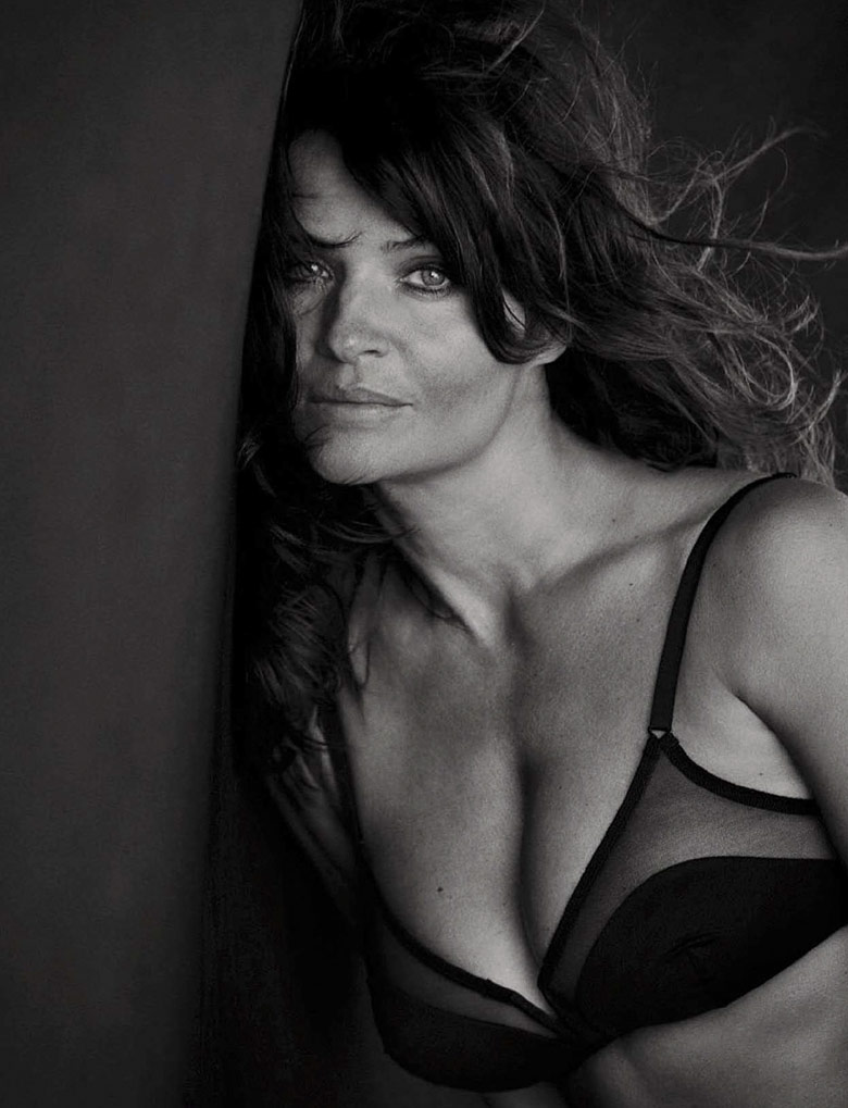 helena-christensen-peter-lindbergh-vogue-italia-september-2015-6