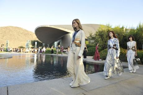 louis-vuitton-defile-croisiere-palm-springs
