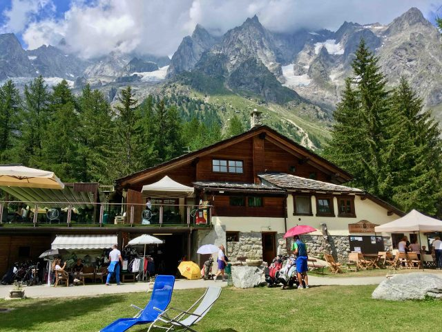 golf courmayeur club house