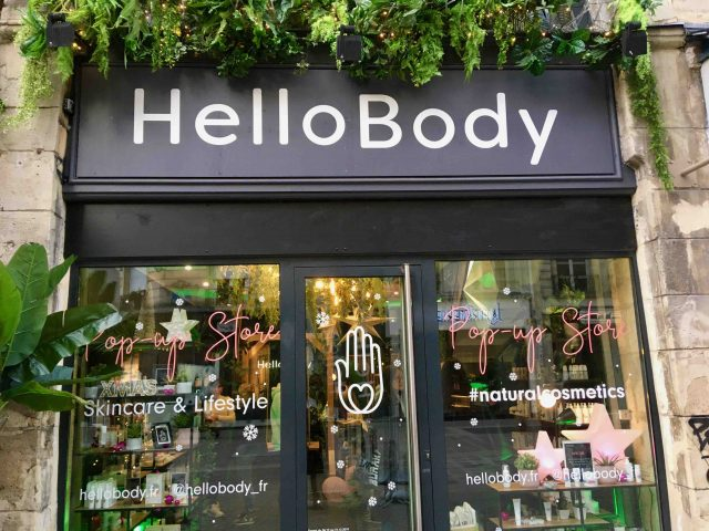 phygital pop-up store hellobody